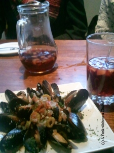 Mussels and sangria at La Taperia