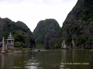 The limestone cliffs of Tam Coc