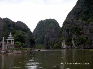 The limestone cliffs of Tam Coc
