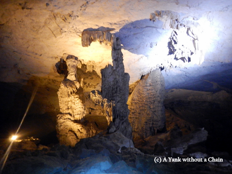 Rock formations in the Kong Lor cave