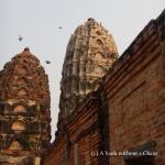 Birds at Wat Si Sawai