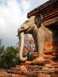 The elephants at Wat Sorasak