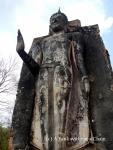 The Buddha statue at Wat Saphan Hin